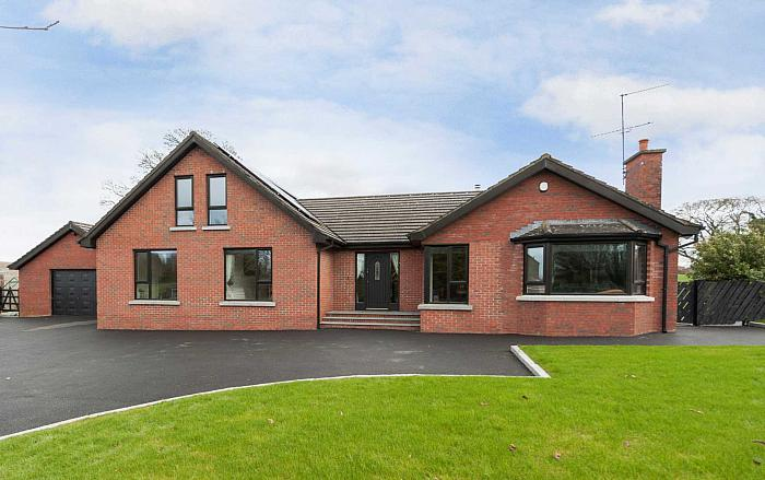 16 Villa Wood Road, Dromore