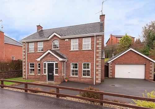 16 Quillyburn Manor, Dromore