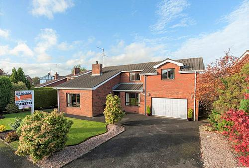 7 Magheralave Court, Lisburn