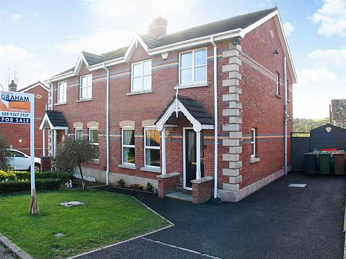 30 Beresford Hill, Dromore